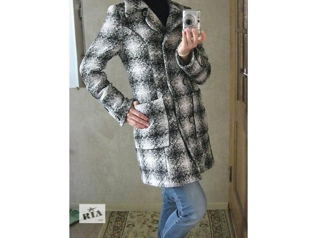 продам Весенние пальто бу в Николаеве