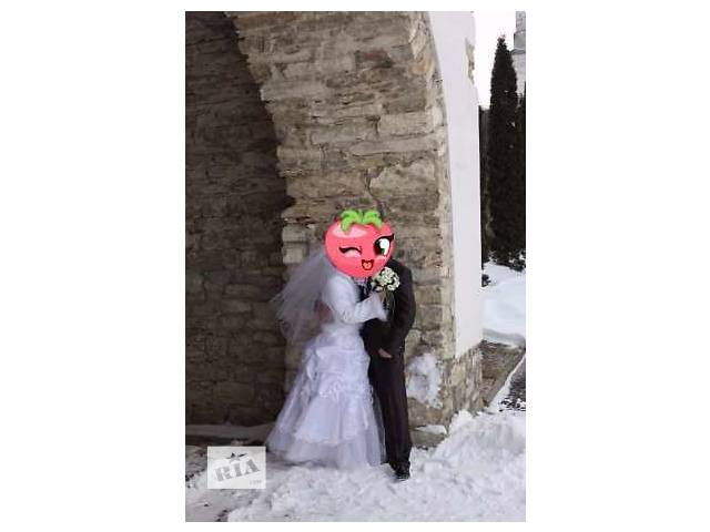 продам Свадебное платье вместе с шубкой бу в Львове