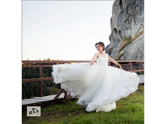 продам Свадебное платье бу в Червонограде