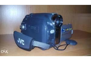 б/у Бездротові відеокамери JVC