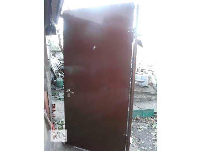 продам Входные металлические двери бу в Днепре (Днепропетровске)