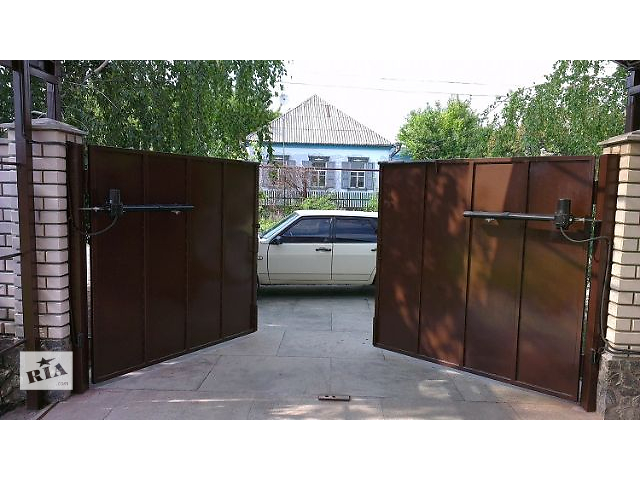 купить бу Ворота распашные в Львове