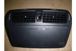 б/у Воздуховоды обдува стекла Skoda Octavia A5