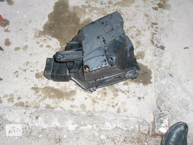 купить бу Воздушный фильтр для Audi A6, 2.0tdi, 2007, 4F0000183A в Львове