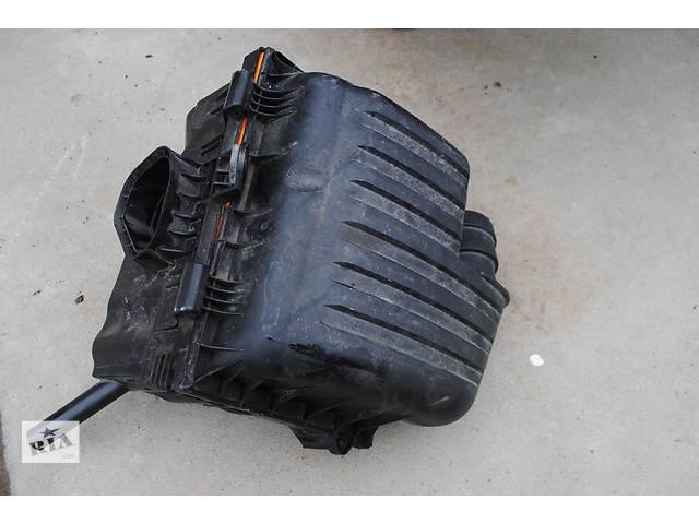 купить бу Воздушный фильтр для Volkswagen Sharan, 7M3129607A, 3M21-9600-AB в Львове