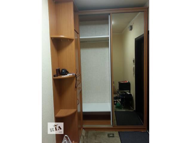 продам встроенный шкаф-купе бу в Киеве