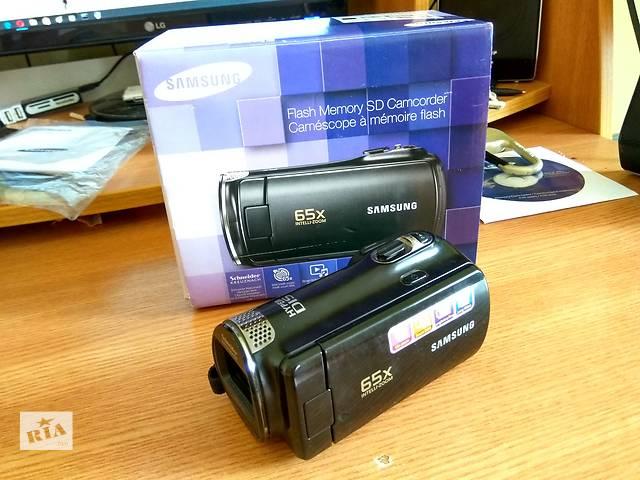 бу Видеокамера Samsung SMX-F50BP. Заводской комплект + флэш-карта на 16 ГБ + сумка для камеры в подарок! в Черновцах