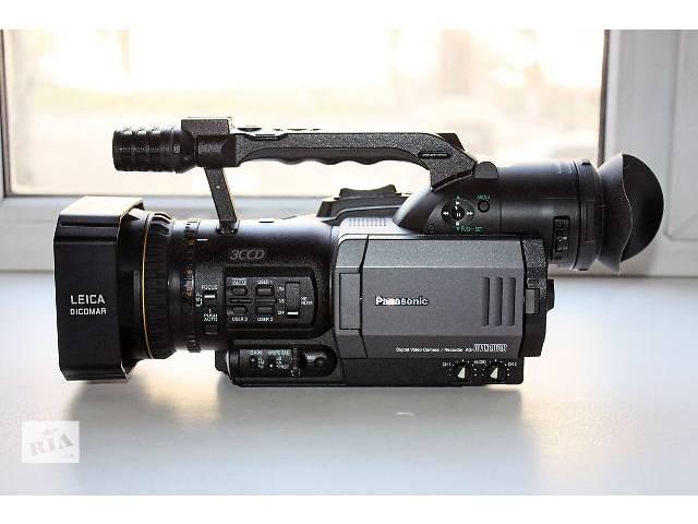бу Видеокамера Профессиональные видеокамеры б/у Panasonic AG-DVX100 в Донецке