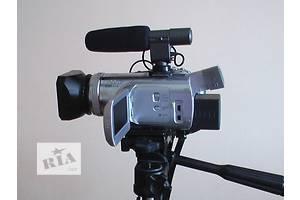 б/у Професійні відеокамери Panasonic