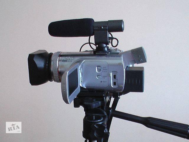 купить бу Видеокамера Профессиональные видеокамеры б/у Panasonic nv gs 500/ в Радивилове