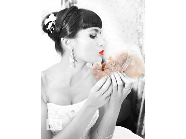 продам Видеосъемка и фотосъемка свадеб, выпускных бу  в Украине
