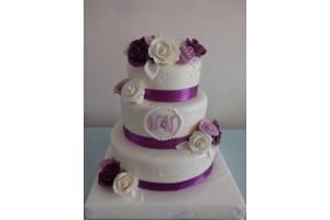 Весільні торти, короваї