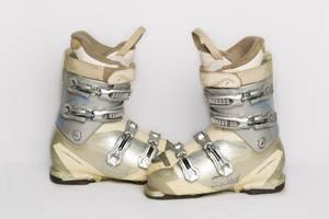б/в Ботинки для лыж