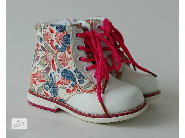 бу Y. TOP Демисезонные ботинки для девочки в Киеве