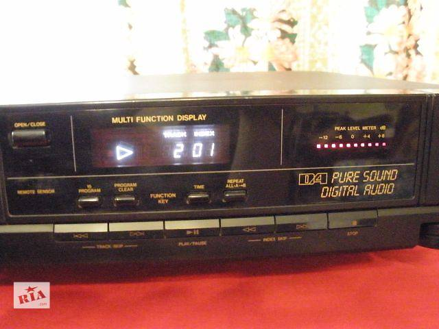 продам YAMAHA CD плеер- PMG 8800E- Япония бу в Коростене (Житомирской обл.)