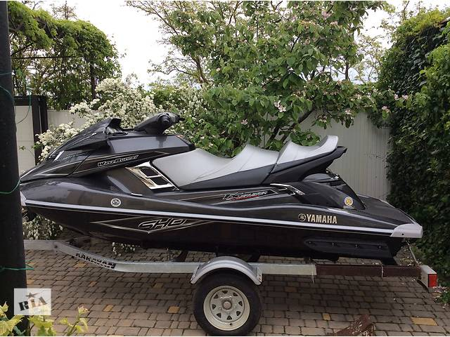 продам  Yamaha FX Cruiser SHO 2014  Wave Runner бу в Доброславе (Коминтерновском)