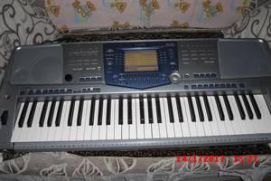 б/в Клавишные инструменты Yamaha