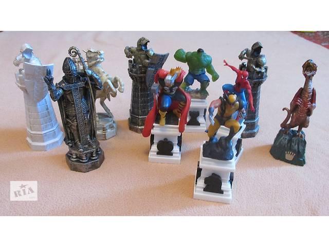 бу  игрушки набор статуэток героев в Фастове