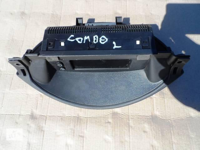 купить бу Информационный дисплей на Opel Combo Опель Комбо 1.3 CDTI 2001-2011. в Ровно
