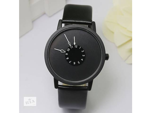 Интересные часы - объявление о продаже  в Вараше (Кузнецовск)