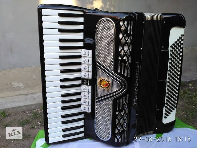 купить бу итальянский аккордеон- маринуччи в Киеве