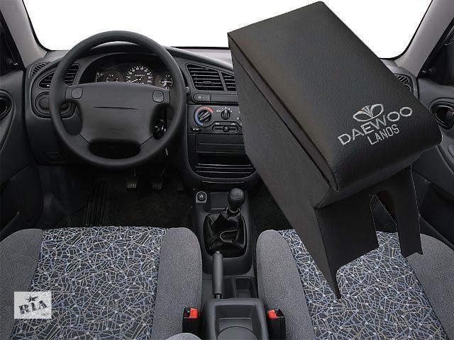 купить бу Изготовлена аудио полка Daewoo Lanos из фанеры, дсп и перетянута качественным карпетом. в Сумах