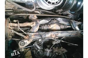 Балки задней подвески Mercedes 124