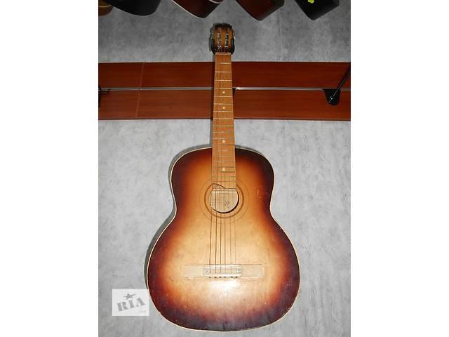 купить бу ( 1195 ) Замечательная шестиструнная гитара в Чернигове