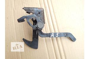 б/у Замки капота Skoda Octavia A5