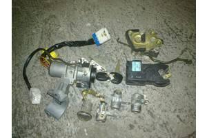 б/у Замки зажигания/контактные группы Hyundai H1 груз.