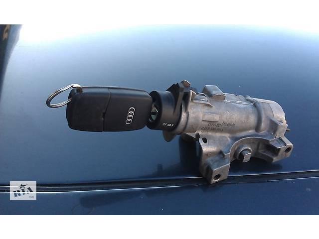 купить бу  Замок зажигания/контактная группа для легкового авто Audi A6   98-05 в Костополе