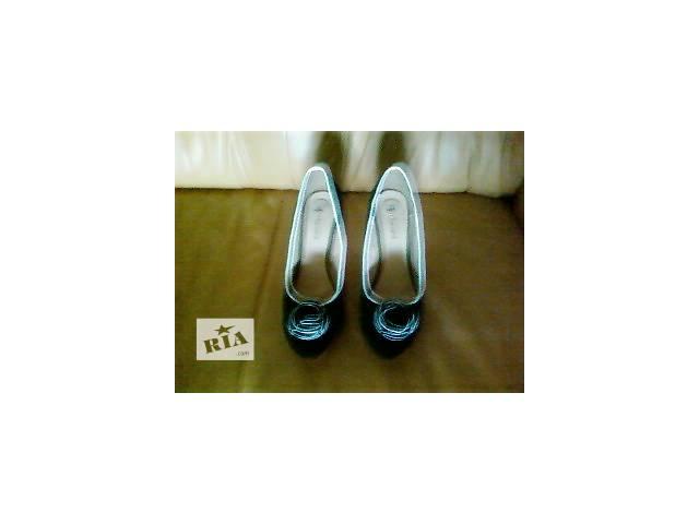 продам  замшевые туфли бу в Виннице