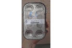 б/у Радиаторы масла Volkswagen Caddy