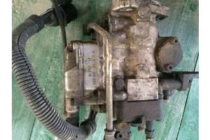 б/у Топливные насосы высокого давления/трубки/шестерни Nissan Terrano II