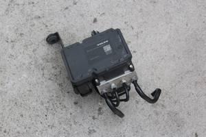 б/у АБС и датчики Volvo V40