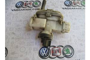 б/у Замок двери Volkswagen Passat B3