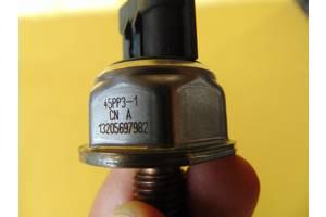 б/у Датчики давления топлива в рейке Ford Transit