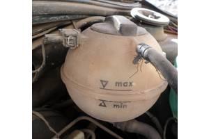 б/у Бачки расширительные Volkswagen B3