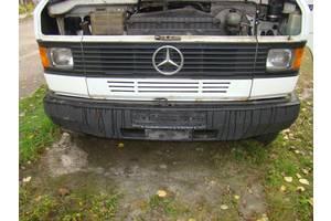 б/у Бамперы передние Mercedes 609 груз.