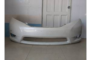 б/у Бампер передний Toyota Sienna