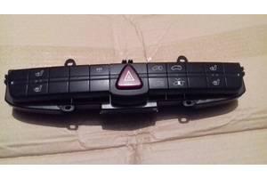 б/у Блок кнопок в торпеду Mercedes Vito груз.