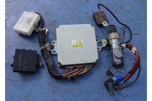 б/у Блоки управления двигателем Subaru Outback