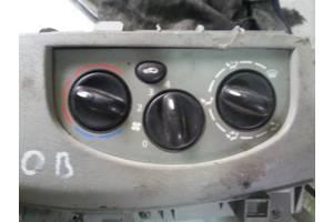 б/у Блок кнопок в торпеду Renault Trafic