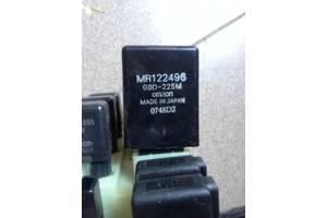 б/у Блоки управления стеклоочистителя Mitsubishi Pajero Sport
