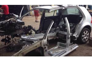 б/у Брызговики и подкрылки Volkswagen Golf IV