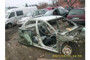б/у Четверти автомобиля Dacia Logan