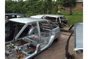 б/у Четверти автомобиля ВАЗ 2111