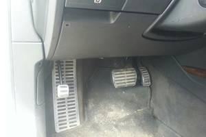 б/у Датчик педали газа Volkswagen Phaeton