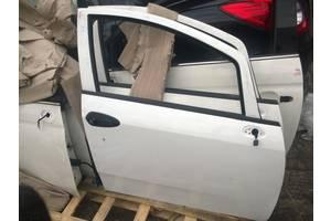 б/у Дверь передняя Fiat Linea