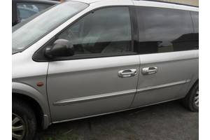 б/у Двери передние Chrysler Grand Voyager
